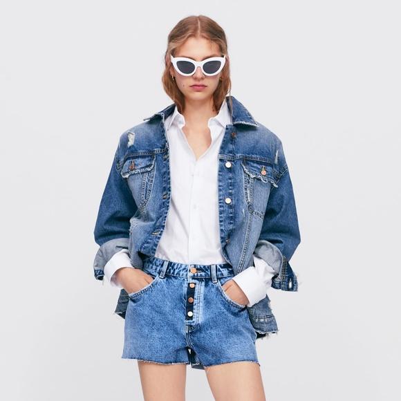 Zara Pants - NWT Zara Frayed Denim Shorts